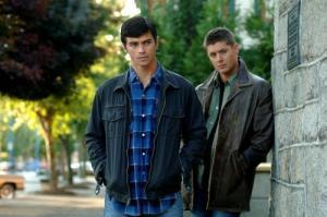 Dean-and-young-John-Winchester-winchester-girls-11801878-500-332