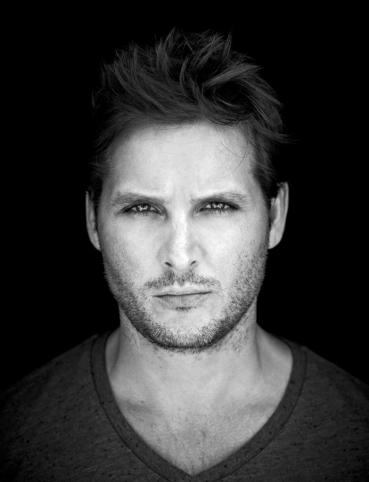 Peter-Facinelli-s-photoshoot-by-Tommy-Garcia-for-Defy-Magazine-peter-facinelli-783-1024
